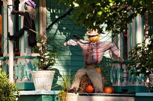 outdoor halloween decorations, outoor halloween decor picture